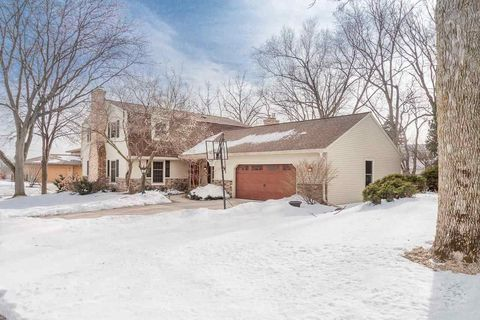 Photo of 6701 Colony Dr, Madison, WI 53717