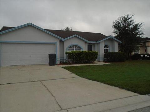 3224 Merlot Dr, Lakeland, FL 33811