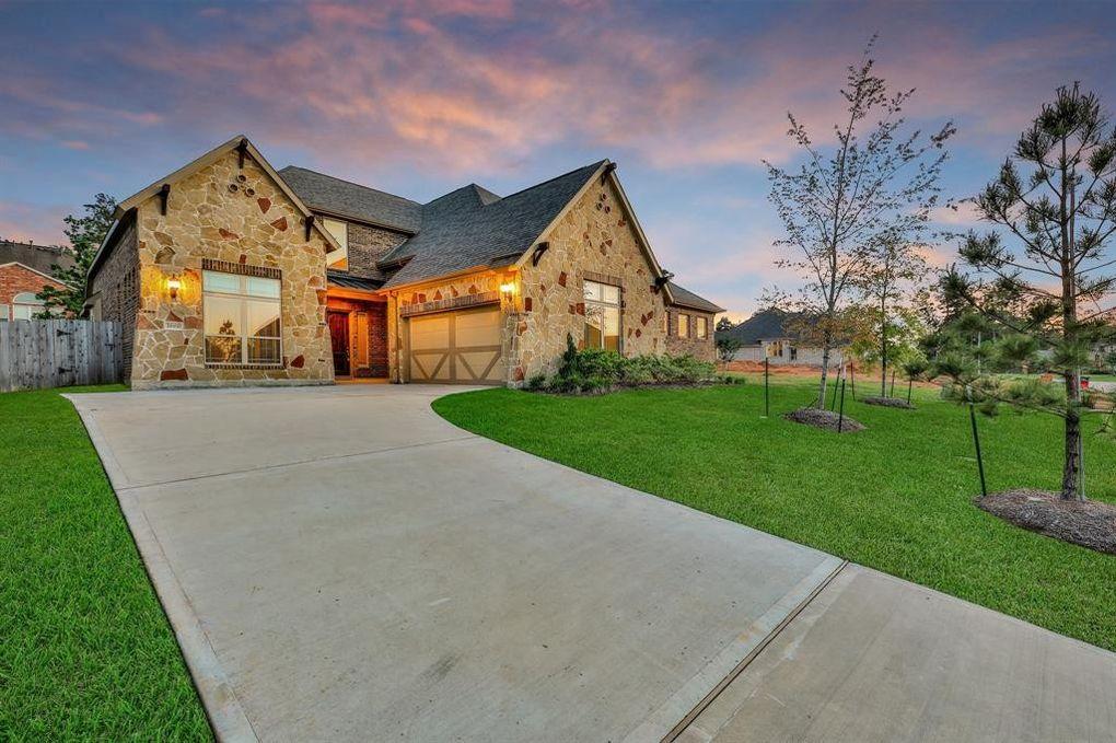 1819 Rocky Hills Dr, Conroe, TX 77304