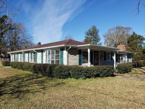 409 E Clay St, Whiteville, NC 28472