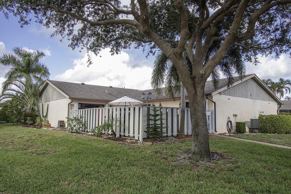 8184 Ambach Way, Hypoluxo, FL 33462