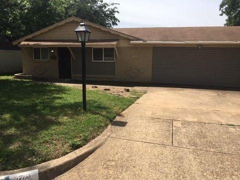 Photo of 6708 Ellis Rd, Fort Worth, TX 76112