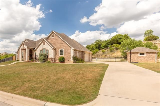3424 Creek Crossing Dr Weatherford Tx 76087 Realtor Com