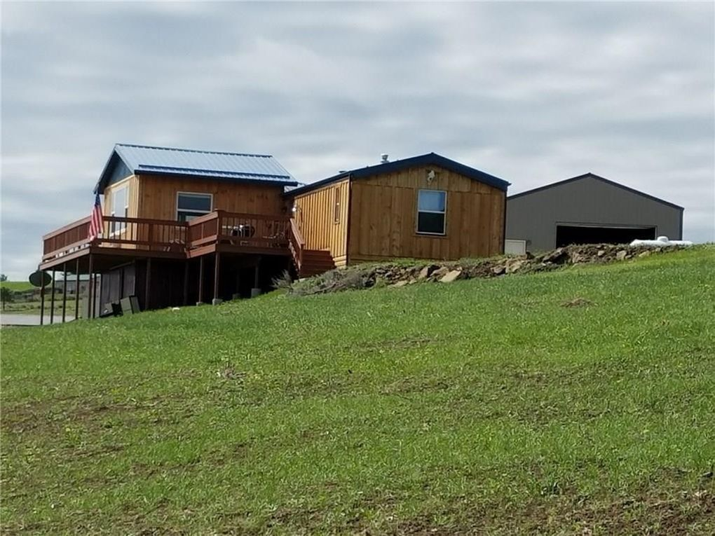 301 Shane Ridge Rd, Columbus, MT 59019