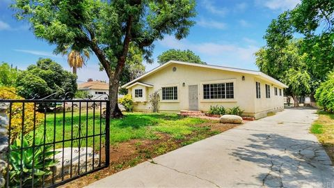 Photo of 11400 Clybourn Ave, Sylmar, CA 91342