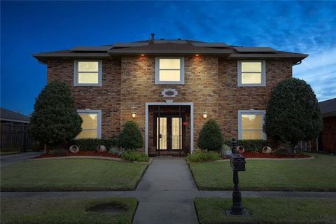 Photo of 7321 Camberley Dr, New Orleans, LA 70128