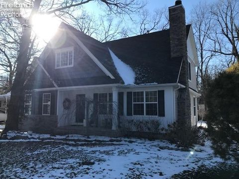 Photo of 414 Plum Ave, Lakeside, OH 43440