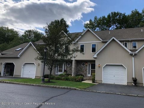 Photo of 14 Hickory Ln, Little Silver, NJ 07739