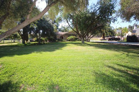 Photo of 407 Paso Del Norte, Escondido, CA 92026