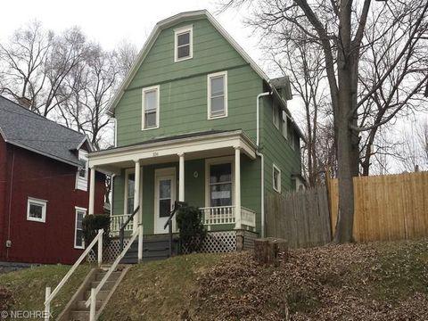 336 N Adams St, Akron, OH 44304