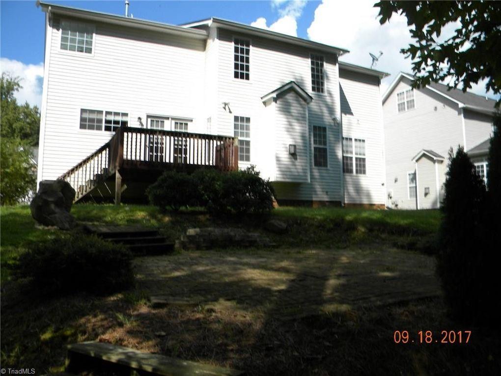 4244 Harbor Ridge Dr, Greensboro, NC 27406