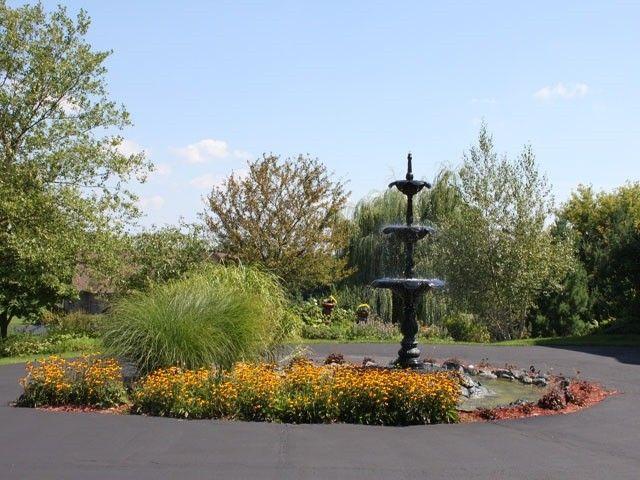 8891 Harvest Hills Trl, Loves Park, IL 61114