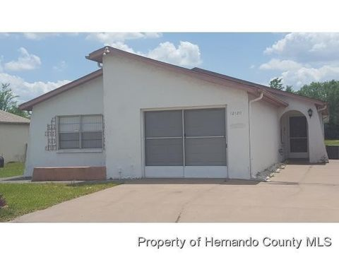 12120 Country Cove Ave, Hudson, FL 34669