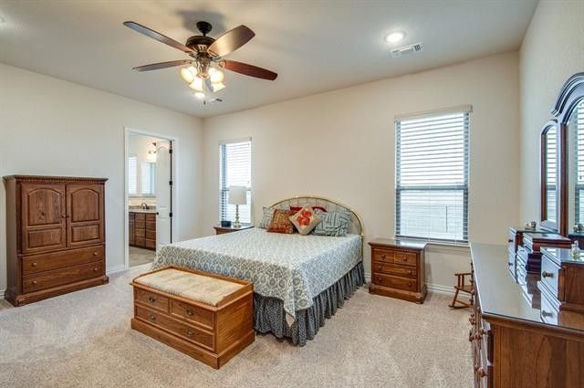 meet rhome singles View photos, details, map for 335 goodnight trail rhome tx this property has it all almost 10 acres with a massive 2400 square foot shop the house boasts an open floor plan with vaulted.