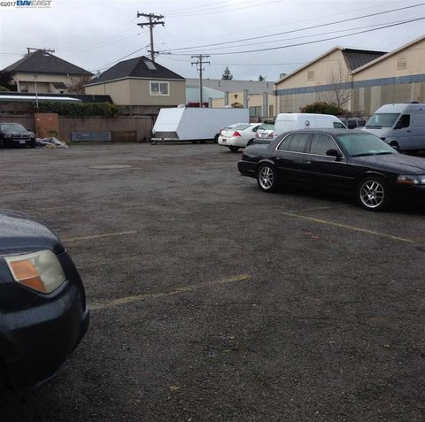 2300 Clement Ave, Alameda, CA 94501