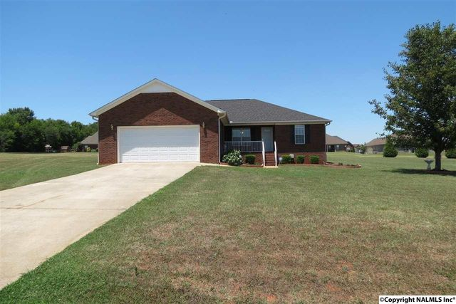 25803 Henry Clay Dr, Madison, AL 35756