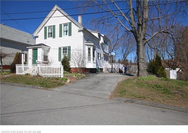 33 garfield st westbrook me 04092 home for sale and real estate listing