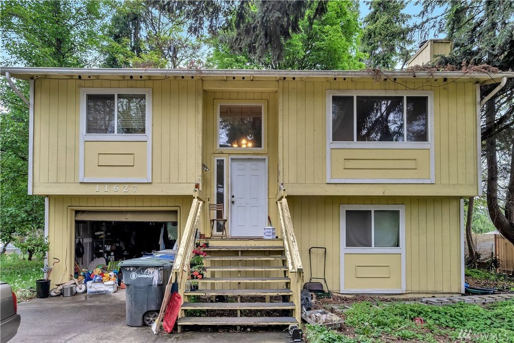11627 5th Ave S, Burien, WA 98168
