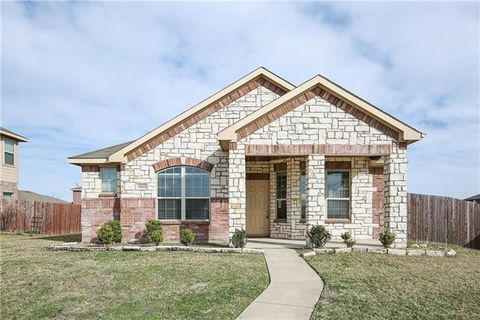 Photo of 1849 Pioneer Way, Lancaster, TX 75146