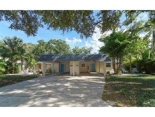 624/626 Goodrich Ave Sarasota, FL 34236