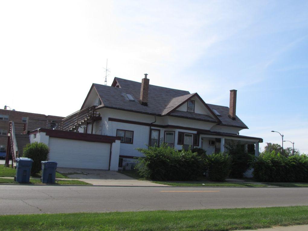 1264 E Court St Kankakee, IL 60901
