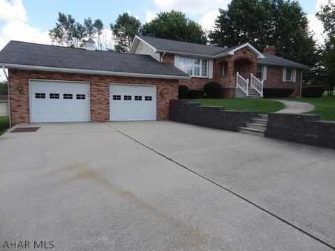 Photo of 956 9th St, Colver, PA 15927