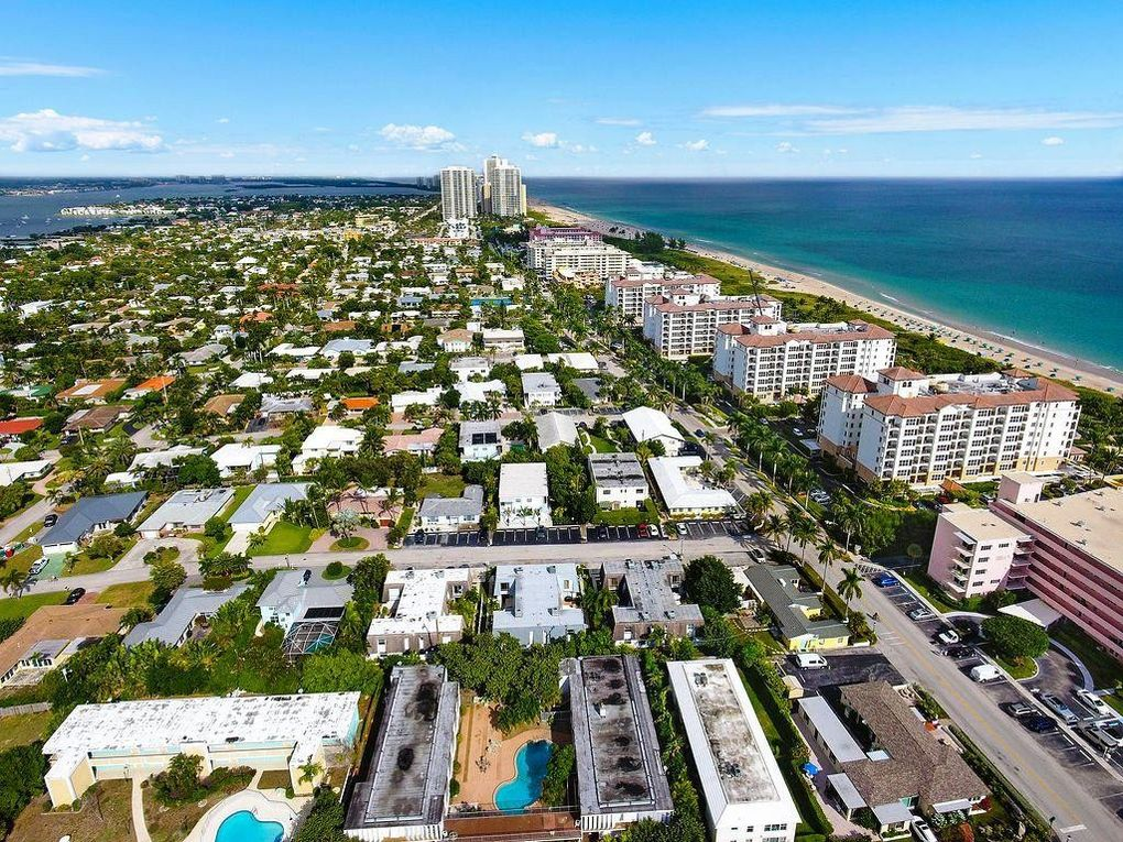 112 Linda Ln Apt 2, Palm Beach Shores, FL 33404
