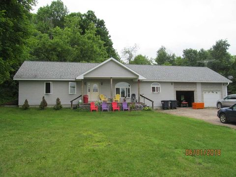 Photo of 3685 County Route 24, Russell, NY 13684