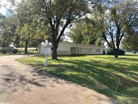Photo of 406 Loop 236, Queen City, TX 75572