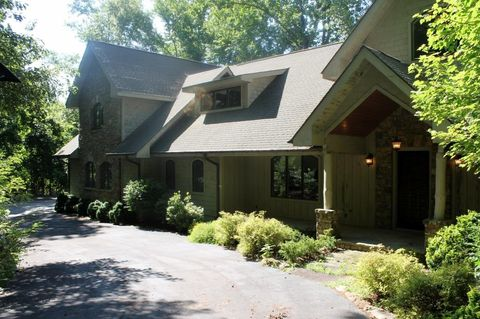 983 Spring Forest Rd, Sapphire, NC 28774