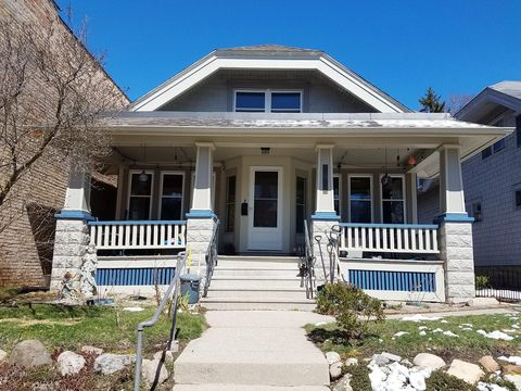 Photo of 2968 S Delaware Ave, Milwaukee, WI 53207
