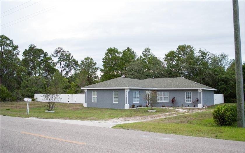 3000 Lake Josephine Dr, Sebring, FL 33875
