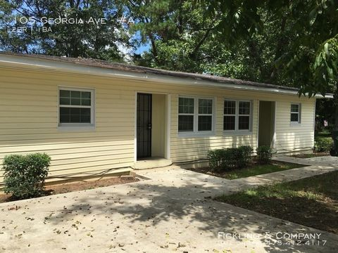 Photo of 105 Georgia Ave Unit A, Fort Valley, GA 31030