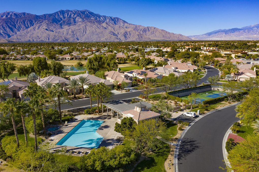 16 Via Bella Rancho Mirage, CA 92270