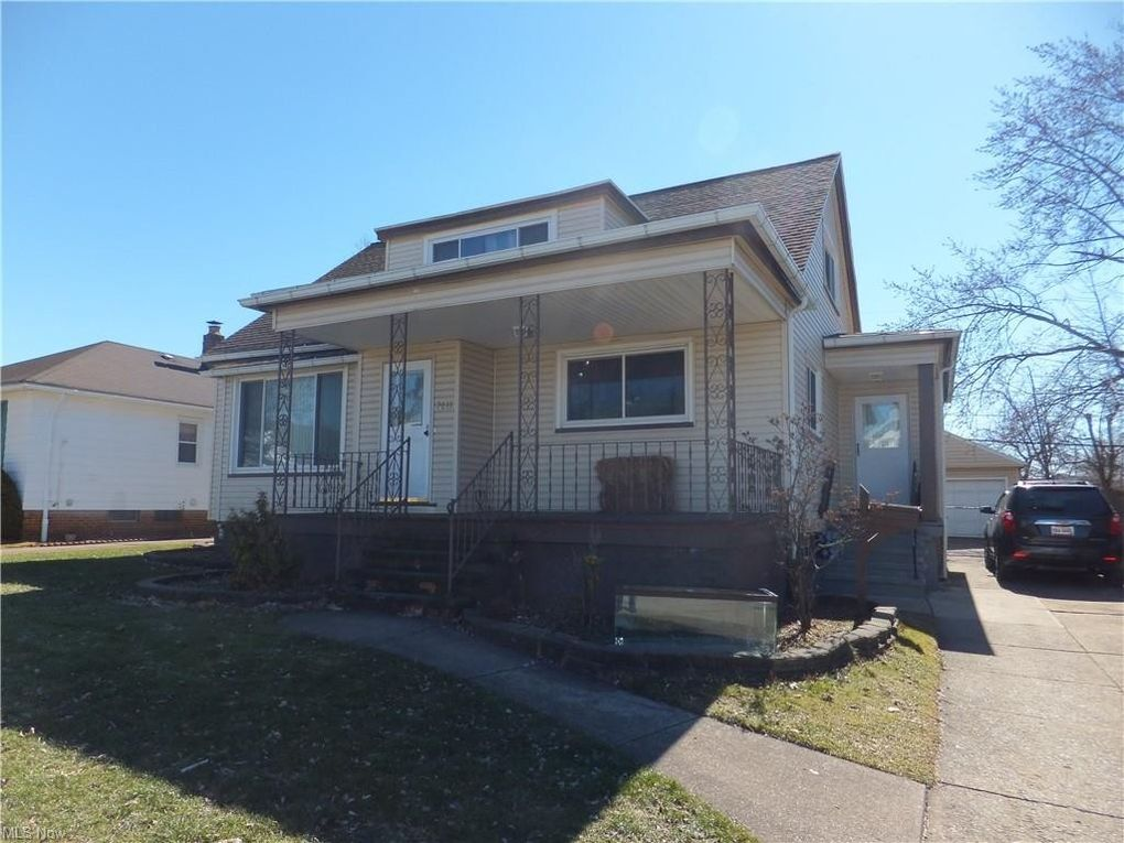 7611 Chesterfield Ave Parma, OH 44129