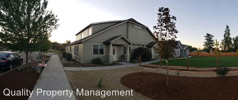 Photo of 171 Mellecker Way, Medford, OR 97501