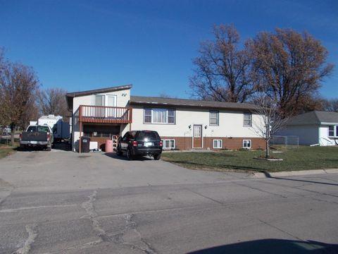 100 1st St, Utica, NE 68456