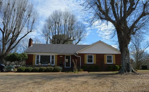 202 Highway 15 S, New Albany, MS 38652