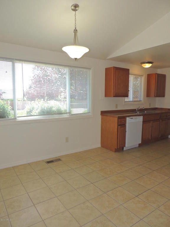 202 N 80th Ave Yakima Wa 98908