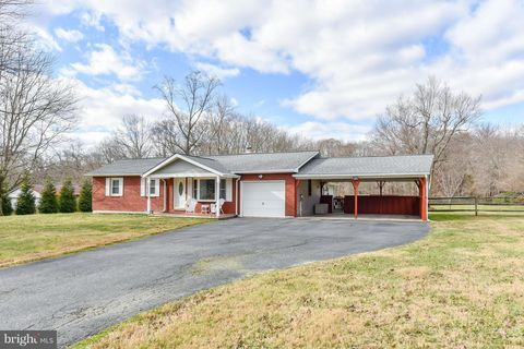 Photo of 245 Hilltop Rd, Elkton, MD 21921