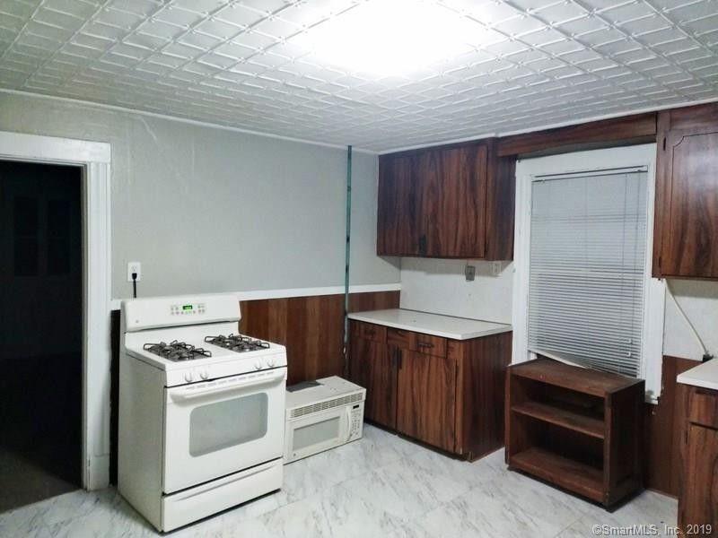 256 Plank Rd Unit 2, Waterbury, CT 06705