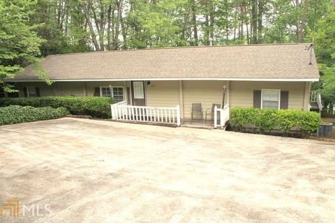 365 Shorewood Cir Toccoa GA 30577