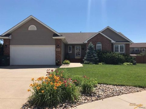 Photo of 9910 Green Point Ct, Summerset, SD 57718