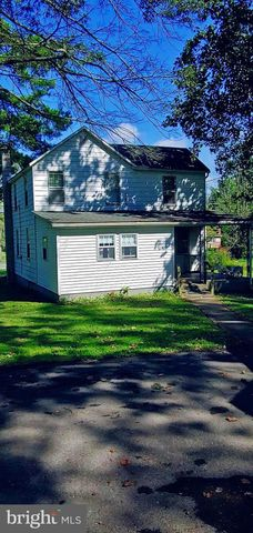 17 Coon Hunter Rd, Middleburg, PA 17842