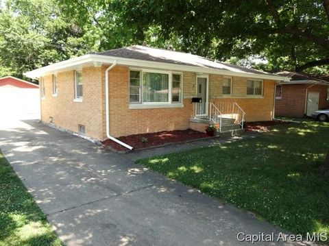 66 Radcliff Rd Springfield IL 62703