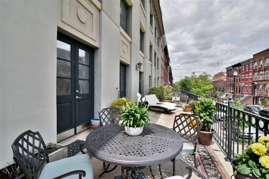 600 Hudson St Apt 2 B, Hoboken, NJ 07030