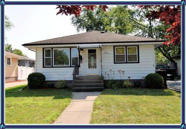 18421 Oak Ave Lansing, IL 60438