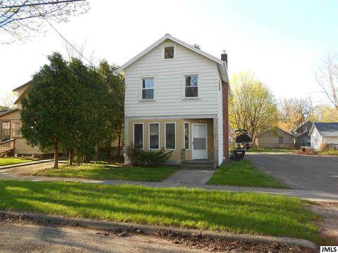 Photo of 717 Elmwood Ave, Jackson, MI 49203