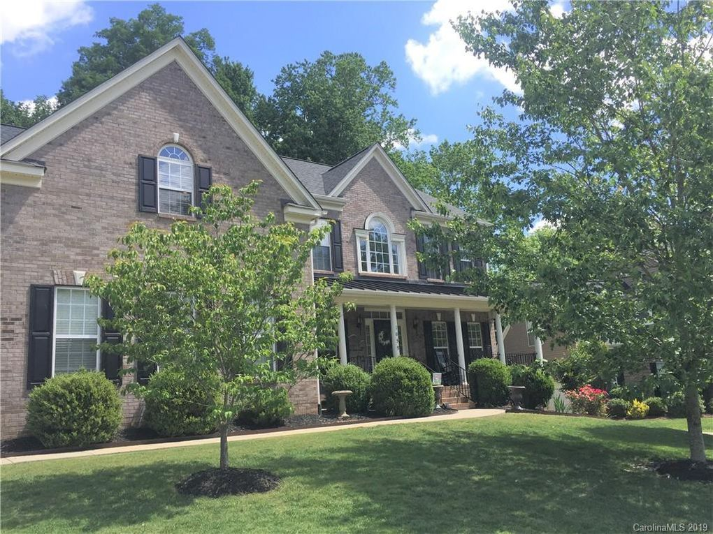 1059 Sharon Lee Ave, Fort Mill, SC 29708
