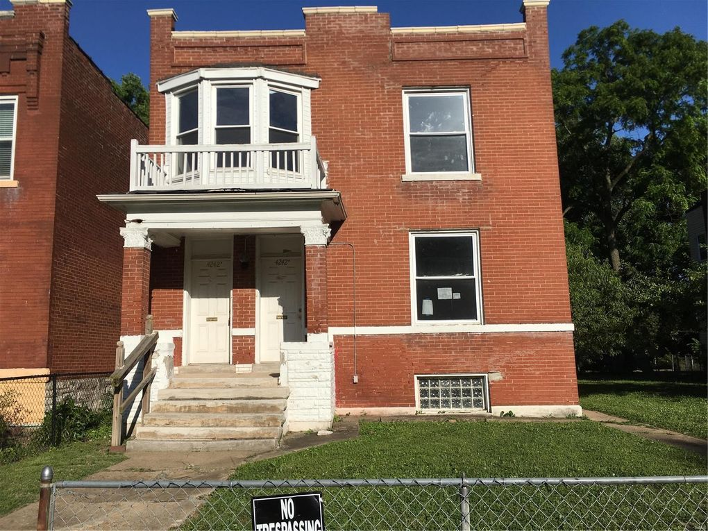4242 Red Bud Ave, Saint Louis, MO 63115